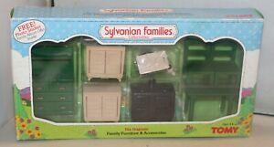Sylvanian Families Calico Critters Tomy Kitchen Set 2822
