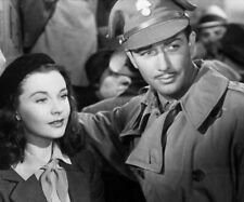 Robert Taylor and Vivien Leigh photograph - L6166 - Waterloo Bridge - NEW IMAGE!
