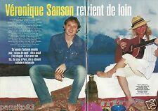 Coupure de presse Clipping 2002 Véronique Sanson  (6 pages)