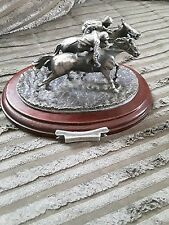 MARK MODELS  HORSE RACING ORNAMENT PHOTO FINISH LEAD