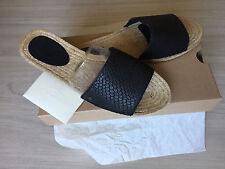 UGG Sandalen / Sandaletten / Pantolette / Slipper Gr. 7 , 38  37,5 NEU Edel