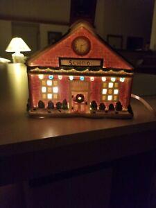 Dickens Keepsake school Christmas Village Lighted Porcelain House 1993