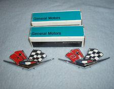 2) NOS 1963 1964 1965 1966 Chevrolet CORVETTE 3872930 Fender EMBLEMS Was 3827158