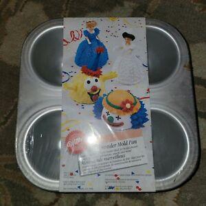 Wilton Mini Wonder Mold Pan #2105-3020 ~ Baking Cake Pan ~ Party Clown Doll