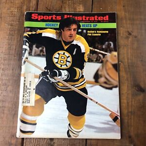 1973 Sports Illustrated BOSTON Bruins PHIL ESPOSITO Hockey Heats Up