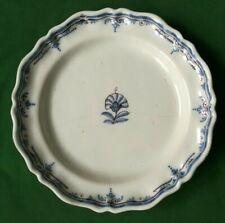 Grand plat en faïence du sud ouest du XVIII éme siècle