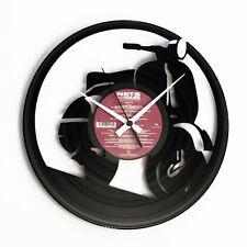 Wall clock vinyl with la vespa carved in laser