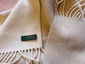 LAUREN Ralph Lauren Scarf Unisex Muffler Camel 80% Wool and Nylon 20% Beautiful.