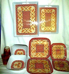 NEW Temp-tations 16 pc Outdoor Melamine Dinnerware + 2 Trays Old World Spice