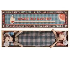 Maileg - Oma & Grandpa Mäuse in Grand Matchbox - mit Kissen & Bettwäsche