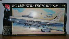 RARE AMT / ERTL Boeing RC-135V Strategic recon-1:72 Model Kit