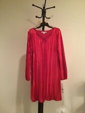 NWT Women's Madison Leigh V-neck Long Sleeve Red Luxury FormaL Dress Size L