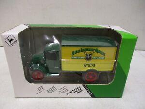 Ertl John Deere Truck Bank 1/38