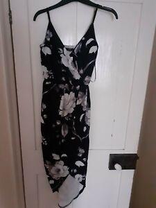 Black and white flower Quiz dress size 8