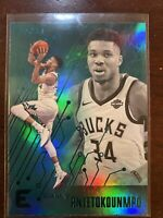 GIANNIS ANTETOKOUNMPO  2019-20 Chronicles Essentials Teal Short print.