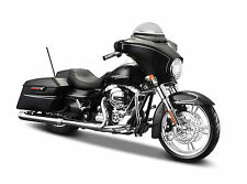 2015 HARLEY DAVIDSON STREET GLIDE BLACK MOTORCYCLE MODEL 1:12 BY MAISTO 32328