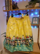 Size 26 Lindy Bop Skirt Venice Print Yellow with pockets bright colourful