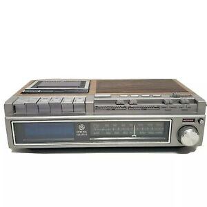 GE General Electric FM/AM Digital Alarm Clock Radio Cassette 7-4975A Tested