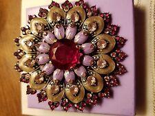 Vintage AVON 2005 Ruby Glass Broach Pin. STUNNING~ ELEGANT~. GLAMOUROUS ~ FR SH