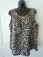 2222d7387e1 Chico's Black & Cream Printed Geometric Sleeveless Tank Top ...