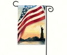 Magnet Works Liberty at Sunset Garden Flag, 31100
