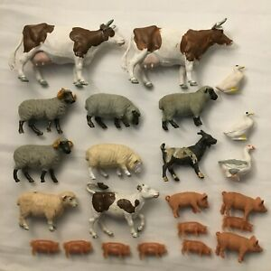 Lot of 27 Britains Plastic Farm Animals Cows Sheep Pigs Goats & Some Zoo Animals
