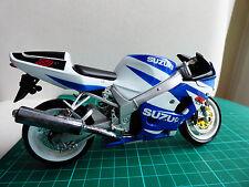 Maisto Suzuki GSX-750R Motocicletta Bici Modello Giocattolo Diecast