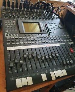 YAMAHA 01V96i VCM digital Mixer Mischpult USB Effekt Studioauflösung NeuesModell