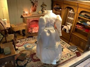 Dollhouse Miniature Ladies Antique Style Dress for Display 1/12