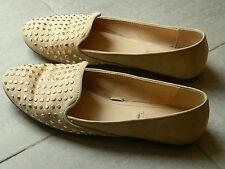 Pantofole beige borchie ZARA Beige studded Slippers loafers UK4 IT37