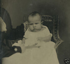 VICTORIAN ARTISTIC ANTIQUE BABY WHOLE PLATE HIDDEN MOTHER WICKER TINTYPE PHOTO