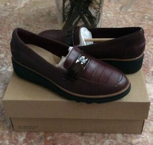 New Clarks Women's Burgundy Sharon Gracie Wedge Loafers Size 6.5M, Retail $155