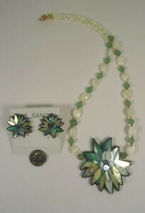 Lee Sands Shell Inlaid Flower Necklace & Earring (clip on) Set Handmade Hawaii
