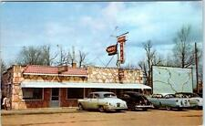 CAMDENTON, MO   Roadside ADAMS CAFE 1950s Cars  Lake of the Ozarks  Postcard
