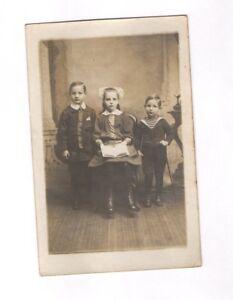 CPA Carte postale ancienne (enfants à identifier)