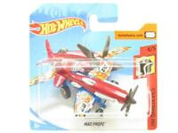 Hotwheels Mad Propz HW Daredevils FRR89 Red Short Card 1 64 Scale Sealed New
