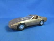1986 CHEVROLET CHEVY CORVETTE DEALER PROMO MODEL CAR W/BOX 1/25 SCALE