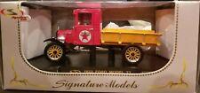 "NEW Diecast 1923 FORD MODEL TT ""Texaco"" Pickup Truck 1:32 Signature Models 32323"