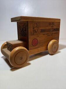 Vintage 1979  American La France Toystalgia Wood Bank  Very Cool 😎