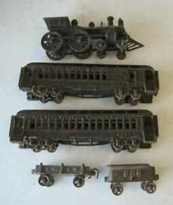 Amazing New York Central Hudson River Cast Iron Train Engine & Passenger Cars