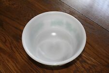 Vintage Mixing Bowl Large 8 inch x 4 inch Mixing/Serving Bowl Green Ivy