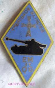 IN10371 - INSIGNE 1° Brigade Blindée, E.M. et Q.G, émail bleu clair, dos guilloc