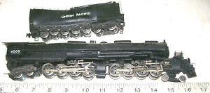 HO Rivarossi/AHM 4-8-8-4 BIG BOY Articulated U P Steam Loco & Tender for Repair