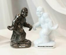 Ceramic Abominable Snowman Yeti And Bigfoot Salt And Pepper Shakers Figurine Set