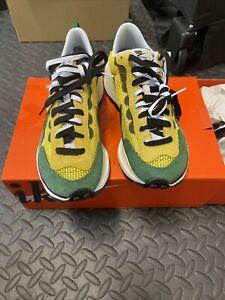 Nike Vaporwaffle Sacai Tour Yellow Stadium Green CV1363-700 Men's Size 8