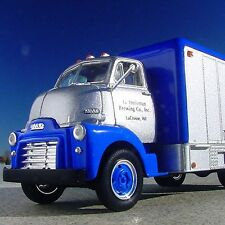 RARE - 1952 GMC - HEILEMAN'S - Famous OLD STYLE BEER Truck  - First Gear