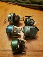 Lot of 5 Vintage Fishing Reel Johnson,South bend,bronson