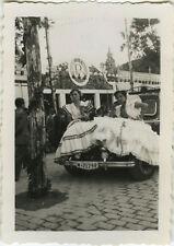 PHOTO ANCIENNE - VINTAGE SNAPSHOT - SÉVILLE ESPAGNE FÉRIA COSTUME VOITURE - CAR