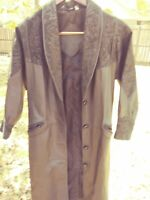 Leather Jacket Size S Full Length .with Design Embroidered Preston York vintage