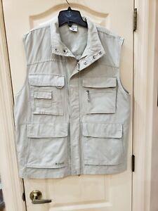 Columbia Men's Large Khaki Travel Vest Safari Hunting Fishing Multi-Pocket VGC